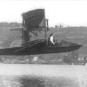 Double-Wing Open-Cockpit Airboat